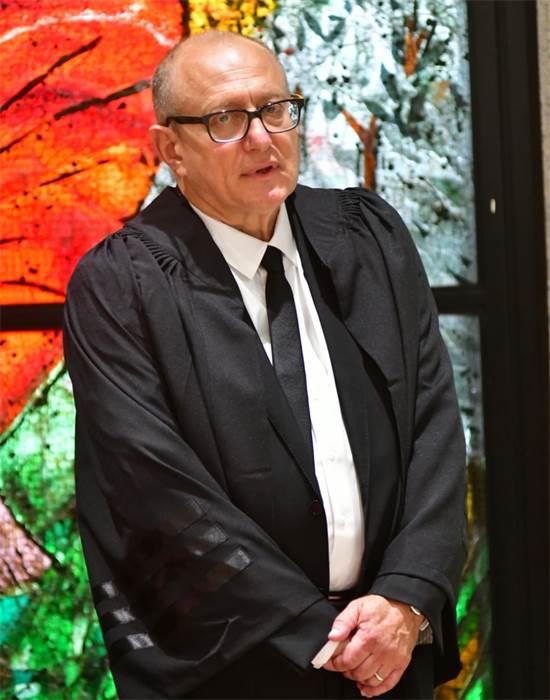 פרופ' אלכסנדר שטיין בהשבעתו היום / צילום: רפי קוץ