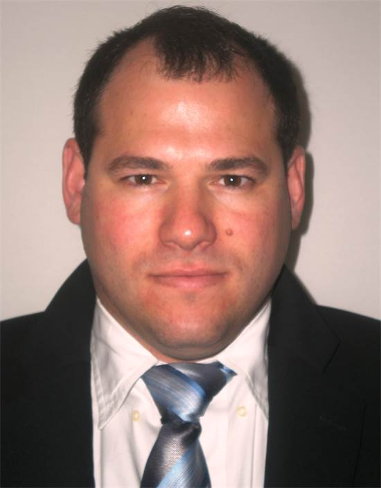 """אורן גלזר, בעלים ומנכ""""ל משותף, מנהל החטיבה המסחרית-ארצית באנגלו סכסון / צילום: יח""""צ"""