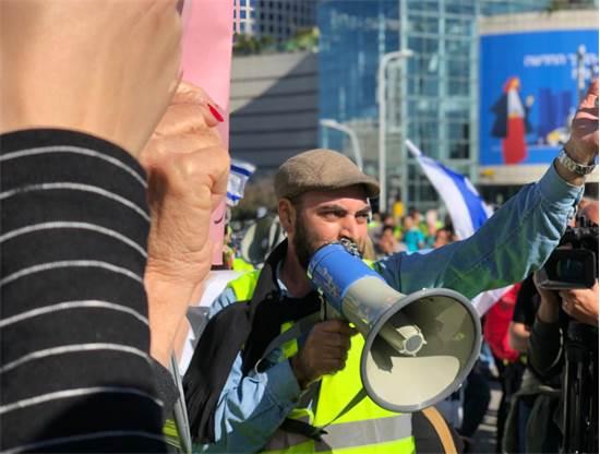 #1715874 14/12/2018 12:04:53 100x75 [3165 בתים] הפעיל דוד מזרחי, ממארגני המחאה / צילום: טל שנידר