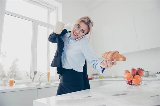 לחץ ומצב נפשי רגיש יכולים גם להשפיע על הבטן/צילום: Shutterstock/א.ס.א.פ קרייטיב