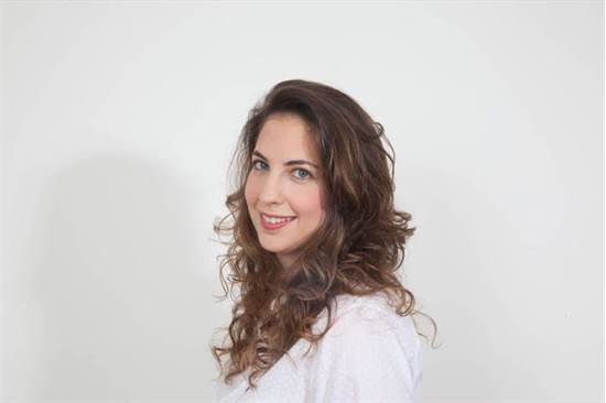 """עו""""ד מורן קירשנר גולדברג, מנהלת מכירות גלובליות וייצוא, נייר חדרה/צילום: עמי סיאנו"""