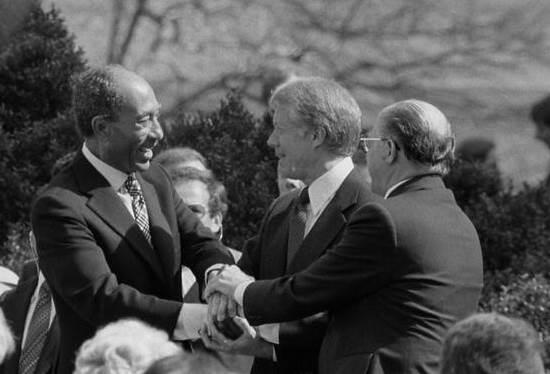 ג'ימי קרטר, מנחם בגין ואנואר סאדאת, וושינגטון, 1979
