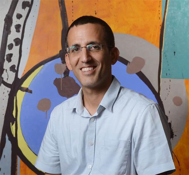 יניב כהן, מנהל השקעות עמיתים של הפניקס \ צילום: איל יצהר