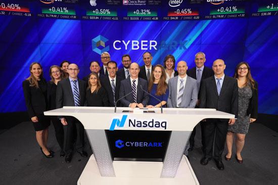 הנהלת ונציגי סייבארק/ צילום: NASDAQ :
