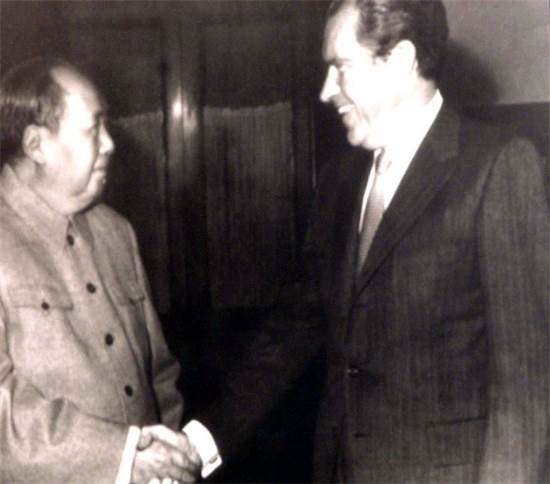 ריצ'רד ניקסון ומאו צה טונג, בייג'ין, 1972 / צילום: רויטרס