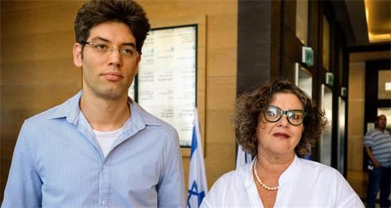 """עוה""""ד חנה קורין ויוני לבני, התובעים בערעור \ צילום: שלומי יוסף"""