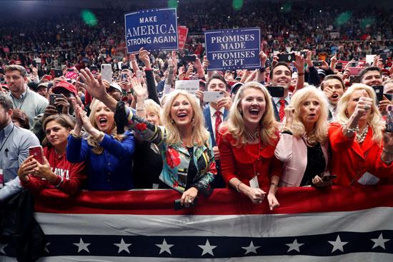הנשיא טראמפ ותומכיו/ צילום : רויטרס Kevin Lamarque