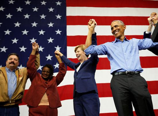 אובמה ומועמדדי המפלגה הדמוקרטית/ צילום : רויטרס Sara Stathas