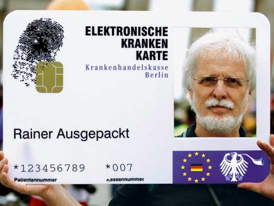 הפגנות למען הגנת הפרטיות בגרמניה / צילום: רויטרס - Thomas Peter