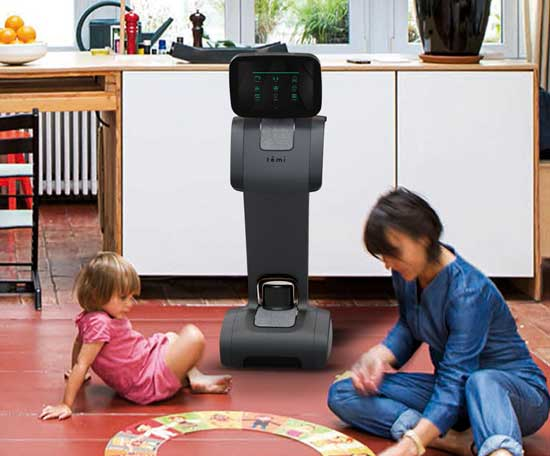 רובוט שהוא  בייביסיטר / צילום: יחצ
