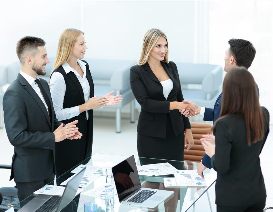 הצלחה בקריירה דורשת מצוינות, הישגיות וחדשנות / צילום: Shutterstock/ א.ס.א.פ קרייטיב
