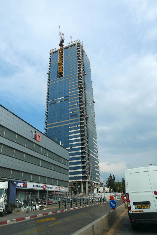 מגדל הכשרת הישוב בני ברק/ צילום: תמר מצפי