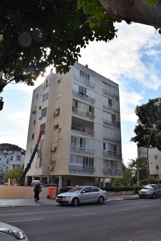 בנין רחוב סמילנסקי 61 נתניה / צילום: בר אל