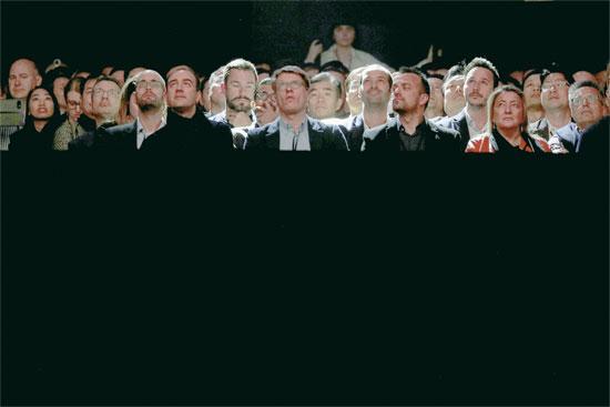 הקהל באירוע ההשקה של הגלקסי s9 / צילום: רויטרס