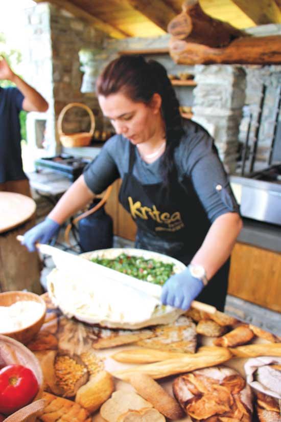 סדנת בישול בחווה משפחתית| צילום: Shutterstock | א.ס.א.פ קריאייטיב