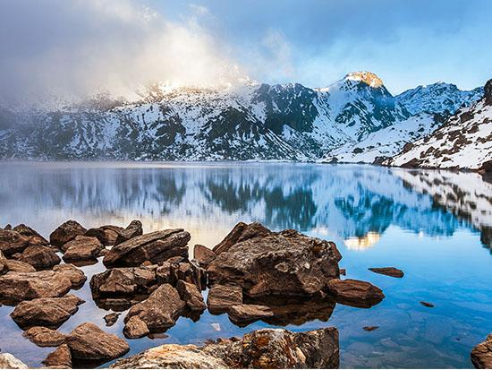 נופים מסעירים, 107 אגמים בטרק האגמים הקפואים / צילום: שאטרסטוק