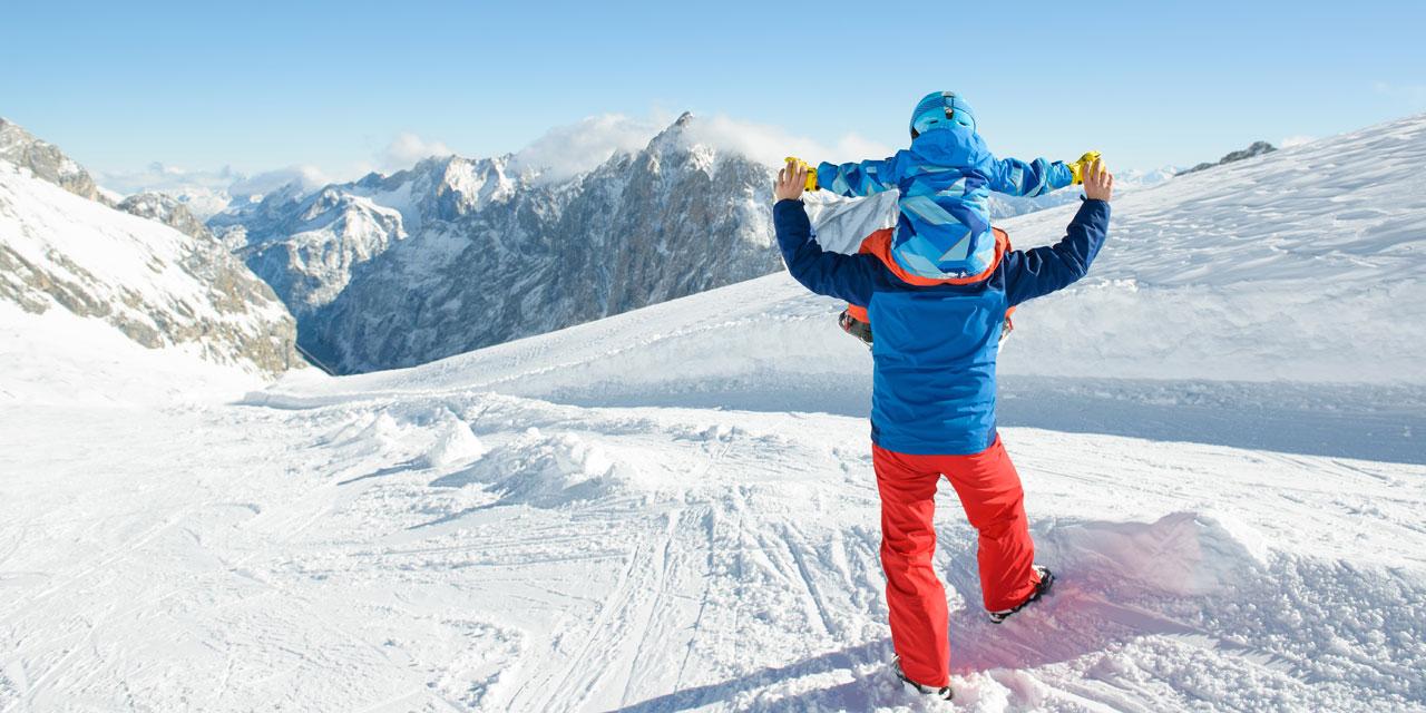 סקי משפחתי/ צילום:שאטרסטוק