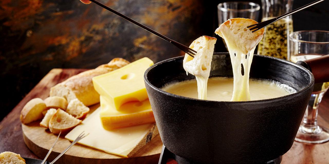 פונדו גבינה קלאסי / צילום: Shutterstock | א.ס.א.פ קריאייטיב