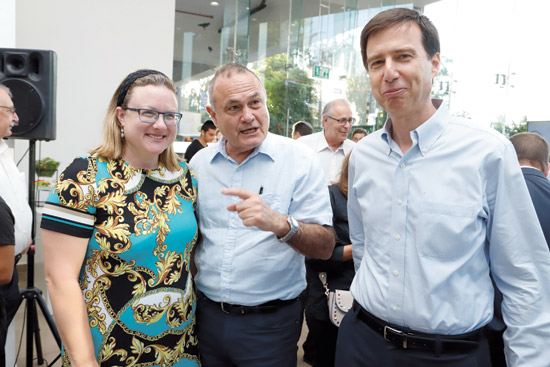 חנן פרידמן, זאב וורמברנד ורבקה פרידמן / צילום: יוני רייף