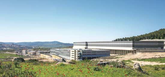 מרכז של לוגיסטיקר באזור התעשייה הרטוב / צילום: מניבים