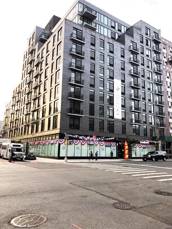 בניין באיסט הארלם שקיבל תוספת בנייה כי עמד בתנאי התוכנית/ צילום: יחצ