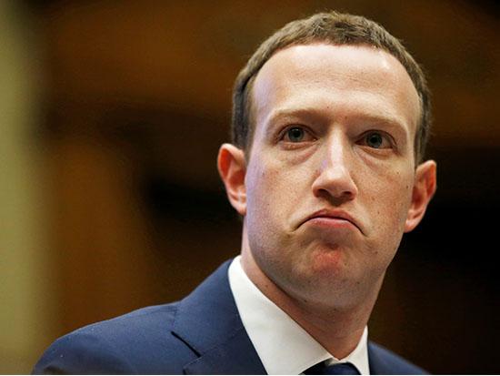 מייסד פייסבוק מארק צוקרברג, בעדותו בסנאט / צילום: רויטרס - Leah Millis