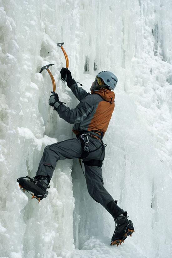 טיפוס על קרח / צילום: צילומים: Val Thorens, Shutterstock | א.ס.א.פ קריאייטיב