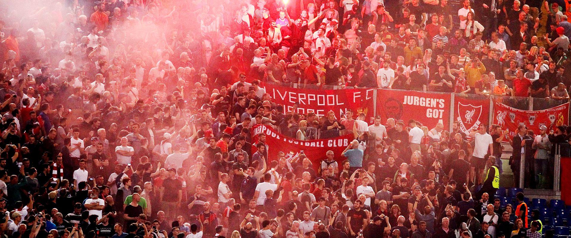 אוהדים של ליברפול / צילום: שאטרסטוק