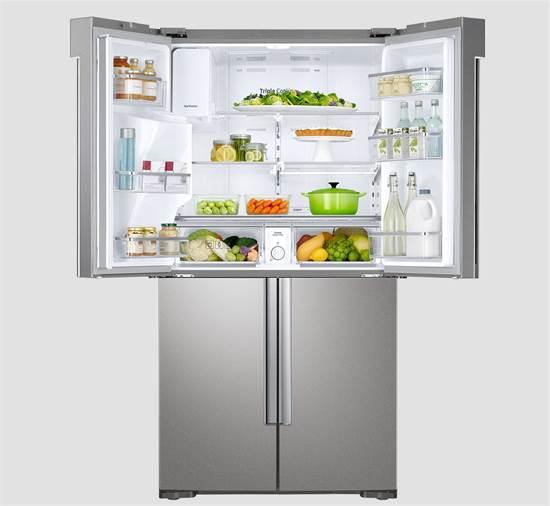 תאי קירור נפרדים למזונות שונים. בכל פעם ניתן לפתוח את הדלת הרצויה ולא את המקרר כולו/צילום: Samsung