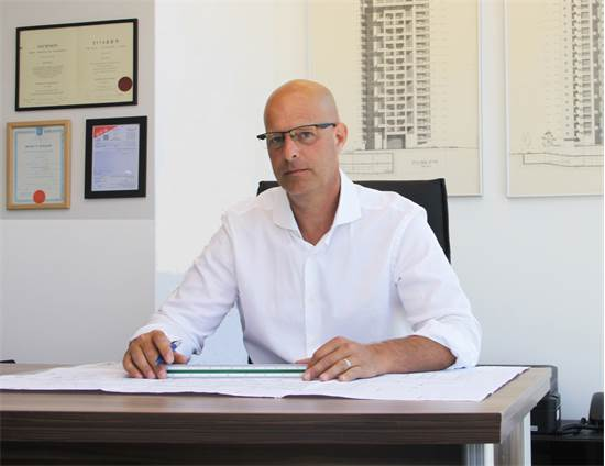 אדריכל אילן בקר, בעלים חברת I.B.P/צילום: יניב ועקנין