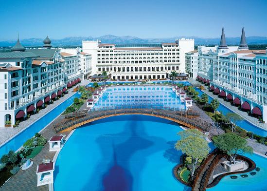 """מלון טיטניק מרדן, מלון 5 כוכבים באנטליה / צילום: יח""""צ"""