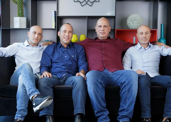 """יזמי חברת Zoomd משמאל לימין: עמרי ארגמן עופר איתן עמית בוהנסקי ניב שרוני / צילום: יח""""צ"""