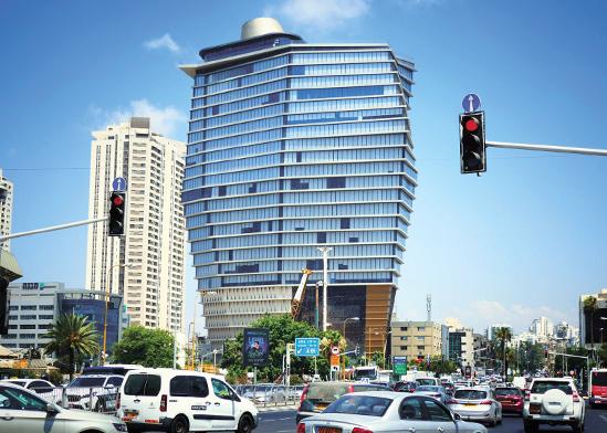 בניין ToHa בתל אביב. WeWork היא השוכרת העיקרית בבניין המשרדים / צילום: אמיר מאירי