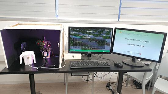 מערכת Plant Growth Control, שעוקבת אחר התפתחות הצמח  / צילום: אורי ברקוביץ'