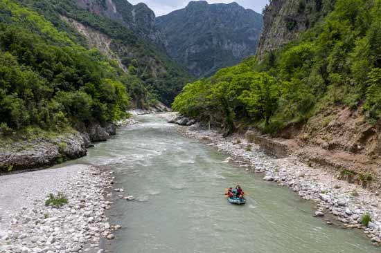 נהר הארכאטוס / צילום: אורי מגנוס