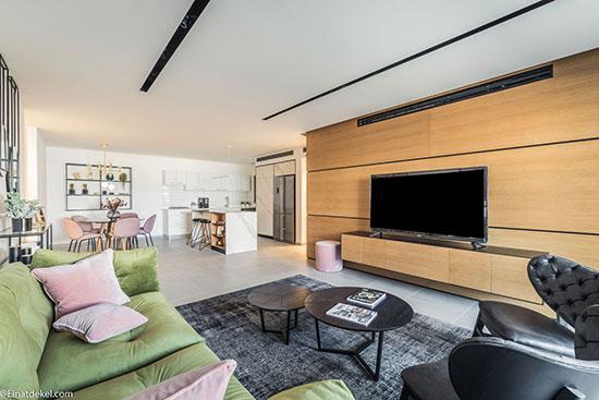 פרויקט גיא ודורון לוי בשכונת אפקה קרית ביאליק חלל מרכזי דירה לדוגמה  / צילום: גיא ודורון לוי