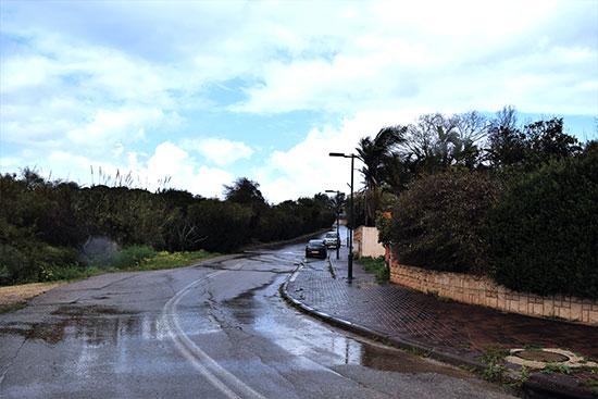 רחוב הכלנית באודים. משקיף לנחל פולג / צילום: בר־אל