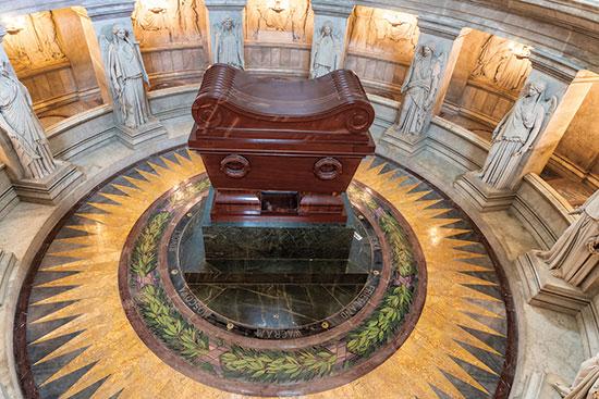 קבר נפוליאון בפריז / צילום: shutterstock, שאטרסטוק