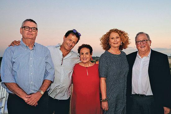 אמנון ליאון (מימין), גליה צבר, מלכה ליאון, אודי אנג'ל וישראל גרמן  / צילום: בועז נובלמן
