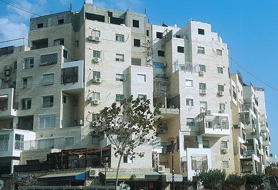בית עם תוספות במודיעין עילית / צילום: גיא נרדי