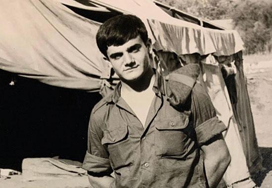 יהודה חדד בשירותו הצבאי / צילום: באדיבות הכותבים והמשפחות