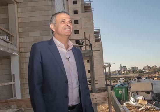 שר האוצר משה כחלון בביקור בפרויקט מחיר למשתכן. הגרלה נוספת עוד לפני הבחירות  / צילום: יוסי אלוני