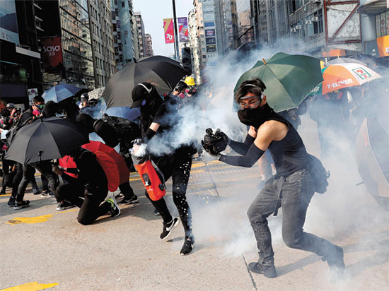 הפגנות בהונג קונג / צילום: רויטרס