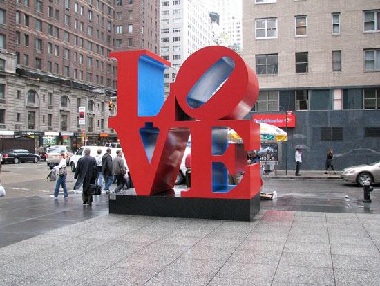 פסל של רוברט אינדיאנה בניו יורק/ צילום: מתוך ויקידיה Hu Totya
