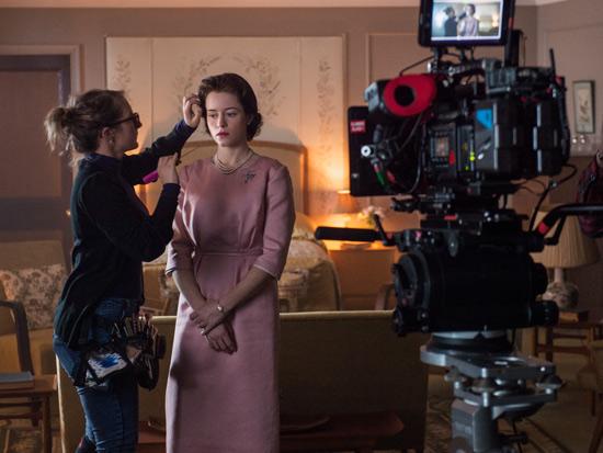 """בתפקיד המלכה ב""""הכתר"""" / צילום:DESWILLIE  Netflix"""