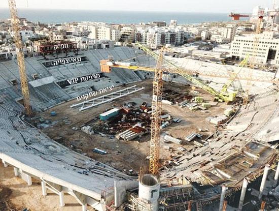בלומפילד בשיפוץ. לא בונים גג  / צילום: עיריית תל אביב