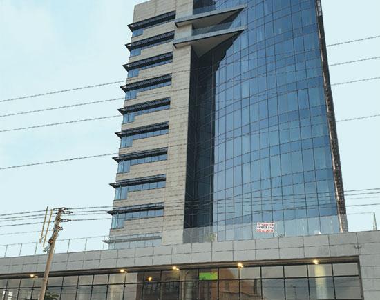 מגדל ירון מילר, בניין משרדים, מערב ראשון לציון / צילום: גיא ליברמן, גלובס