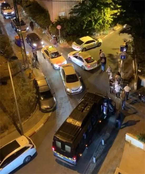 פקקים בשכונת בבלי / צילום: תמונה פרטית