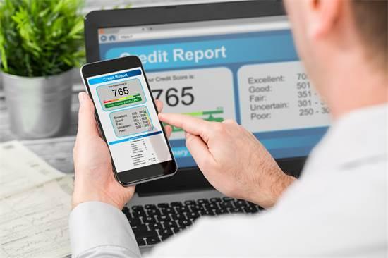 חוב של כמה מאות אלפי שקלים יכול להפיל עסק קטן/צילום: Shutterstock/א.ס.א.פ קרייטיב