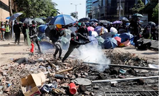 המחאה בהונג קונג בסוף השבוע האחרון / צילום: Adnan Abidi, רויטרס